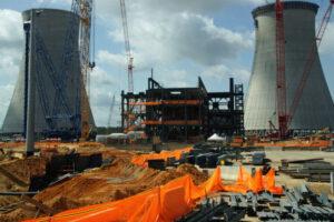 20170217_ウエスチングハウス(WH)が原子炉を供給するボーグル原子力発電所の3、4号機(ジョージア州)_日本経済新聞朝刊